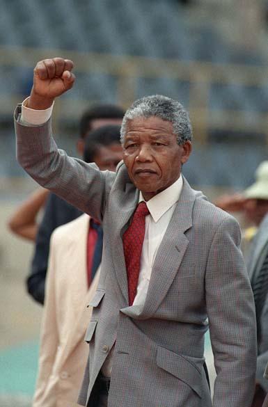 1990 - Nelson Mandela, alguns dias após sair da prisão