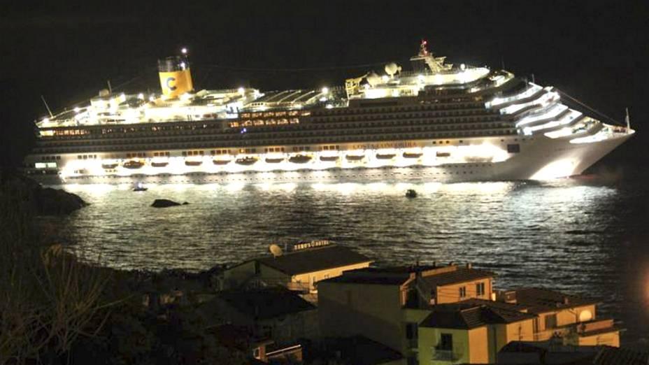 Navio Costa Concordia fazia um cruzeiro pelo mar Meditarrâneo