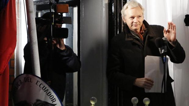 20121220julian-assange-original.png
