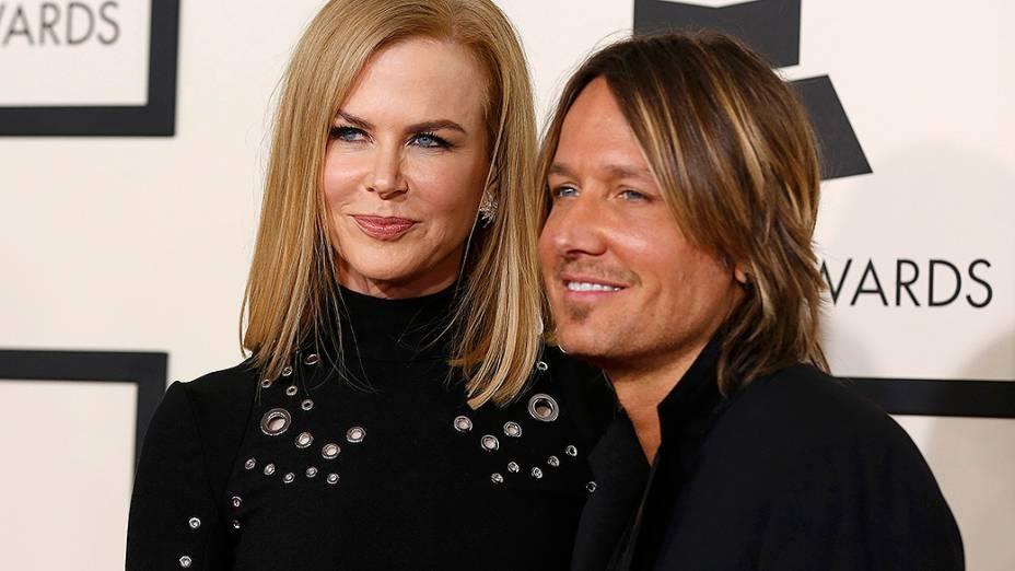 Keith Urban e Nicole Kidman durante a 57ª edição do Grammy, premiação que elege os melhores da música internacional, que acontece neste domingo (08)