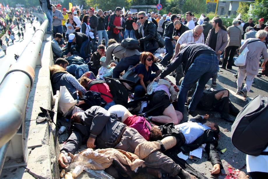 Vítimas de atentado em Ancara