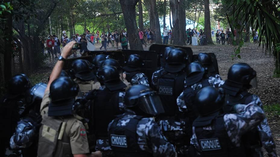 Tropa de Choque da PM utilizou balas de borracha contra alunos da UFSC