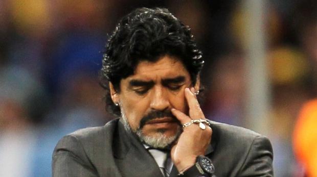 Maradona em sua última partida como técnico da seleção da Argentina: a derrota de 4 a 0 para a Alemanha