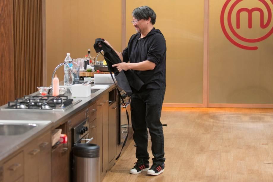 Lee é eliminado da terceira temporada do 'MasterChef Brasil' em prova de sorvete