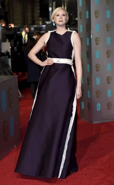 A atriz Gwendoline Christie no Bafta 2016
