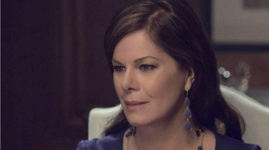 A atriz Marcia Gay Harden, em Cinquenta Tons de Cinza, no papel de Grace Trevelyan Grey<br>