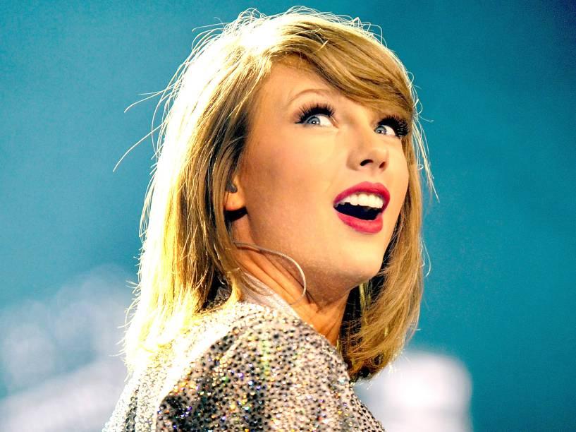 A cantora Taylor Swift em show em Manchester, na Inglaterra