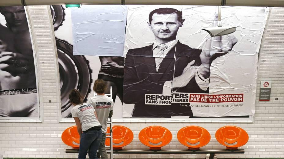 O sírio Bashar Assad é figura carimbada. Ele comanda um país que está em conflito há mais de dois anos. Uma guerra que a imprensa internacional não pode acompanhar.