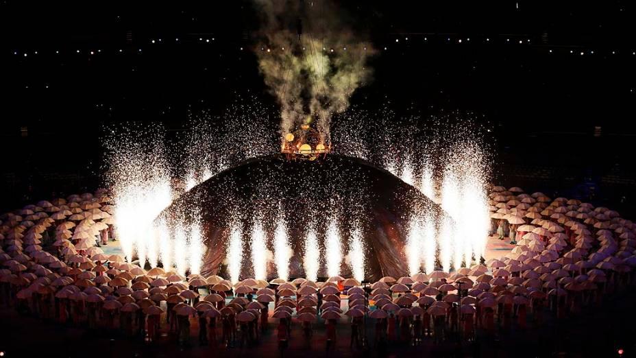 Performance durante cerimônia de abertura das Paralimpíadas em Londres, em 29/08/2012