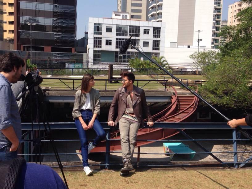 Adam Lambert e Michi Provensi nas gravações do programa MTV MÓV3L, no Centro Cultural São Paulo
