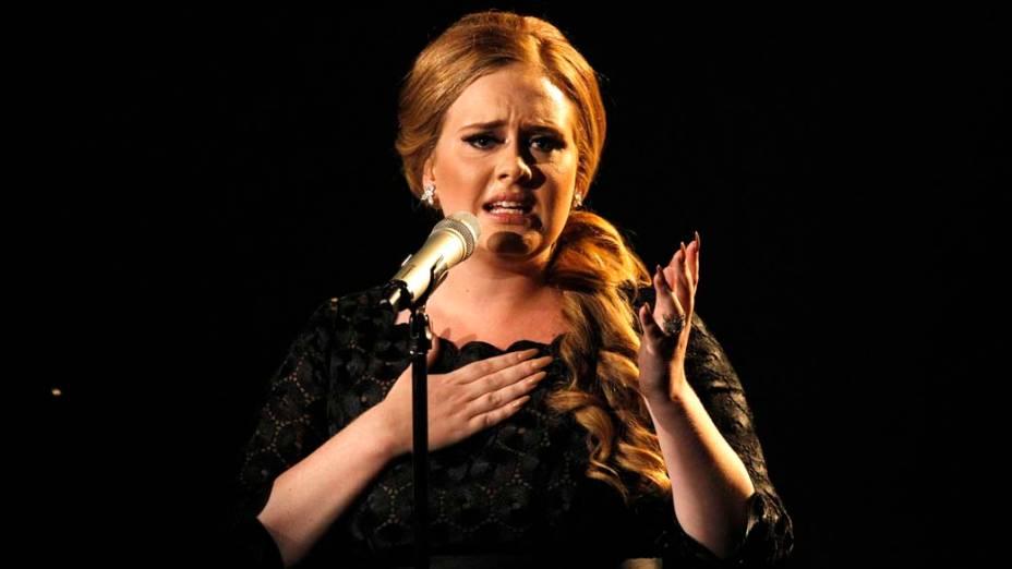 Adele durante performance no MTV Video Music Awards em Los Angeles