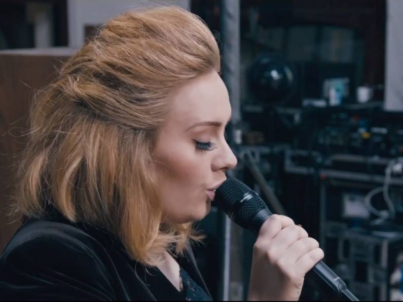 Adele no clipe When We Were Young