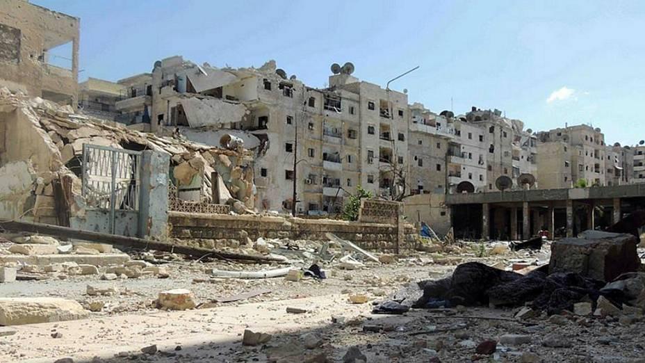 Prédios em Alepo, na Síria, exibem as marcas da guerra civil