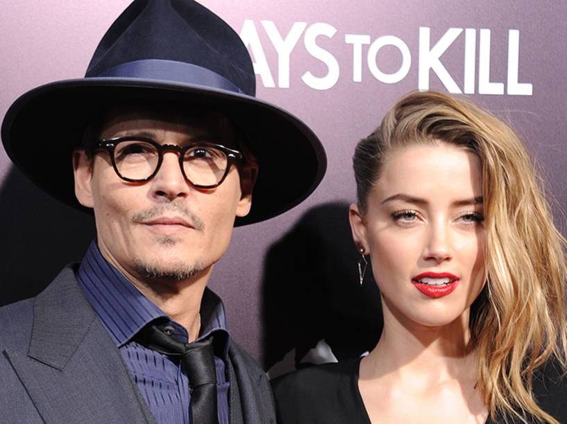 Johnny Depp e Amber Heard se casam em Los Angeles