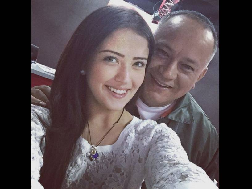 Daniella Cabello e o seu pai, o deputado venezuelano Diosdado Cabello
