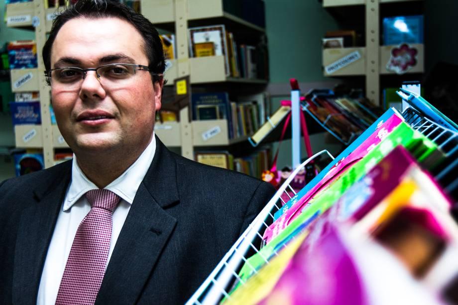 Luís Fernando de Biasi, secretário da Educação da cidade de Vinhedo (SP)