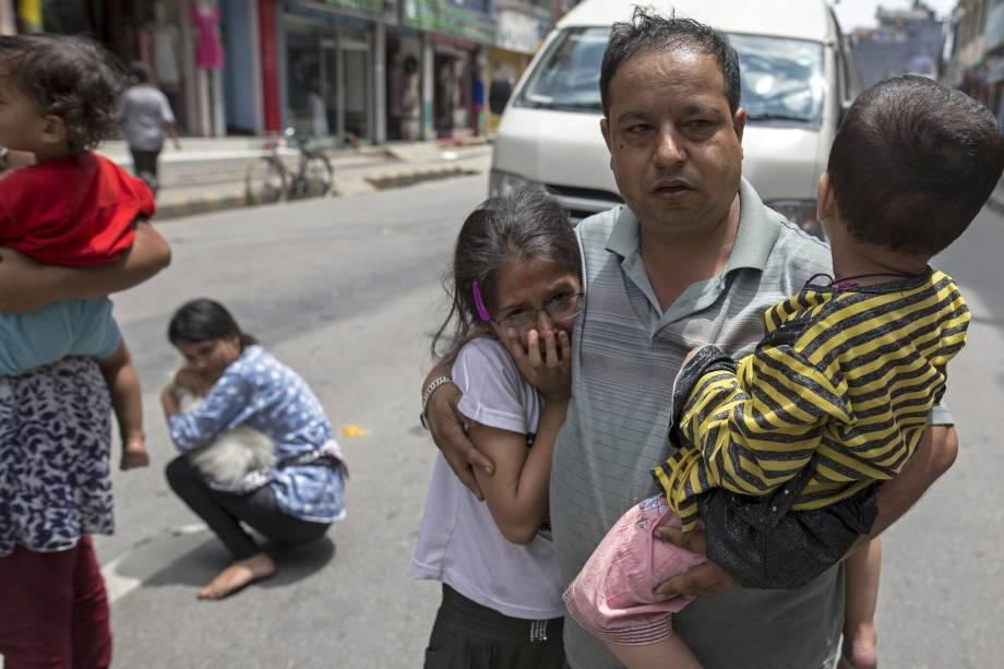 Nepaleses se apavoraram com o novo tremor no país