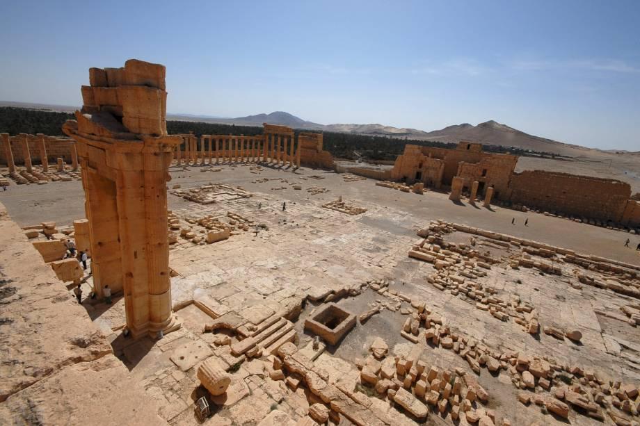 <p>Ruínas romanas ameaçadas por jihadistas em Palmira, na Síria</p>