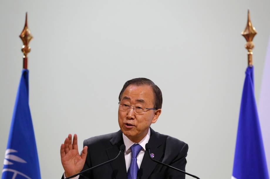 <p>O secretário-geral das Nações Unidas, Ban Ki-Moon, em dircuso durante o início da última semana da Cúpula do Clima, em Paris</p>