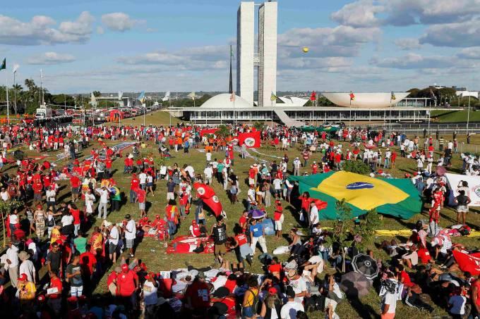 alx_2016-04-17t203124z_121507727_tb3ec4h1l01ja_rtrmadp_3_brazil-politics_original.jpeg