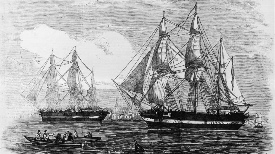 Os naviosHMS Erebus e HMS Terror, que integraram a expedição de Sir John Franklin ao Ártico, em gravura datada de 1845