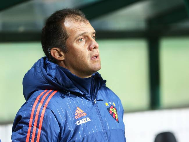 Eduardo Baptista deixa o Sport e é o novo técnico do Fluminense
