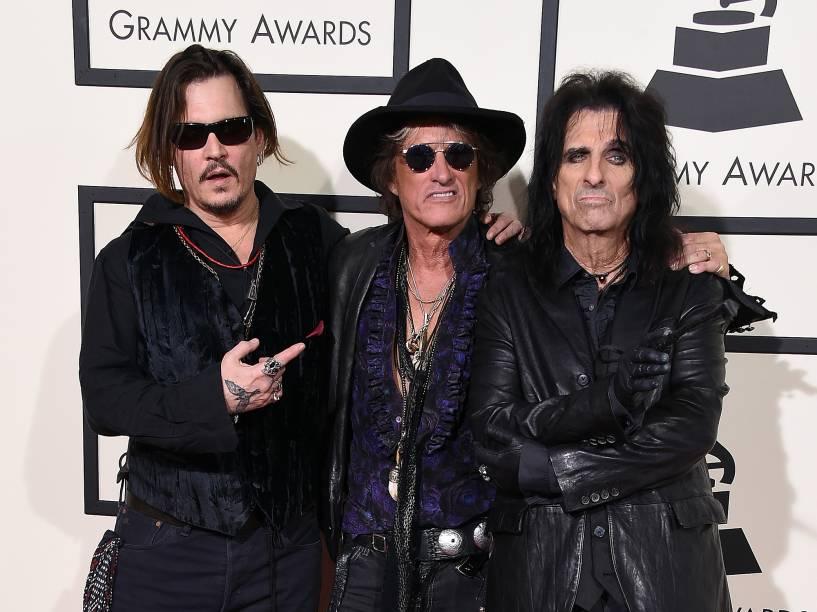 Holywood Vampires durante a 58ª edição do Grammy, premiação que elege os melhores da música internacional, que acontece nesta segunda-feira (15)