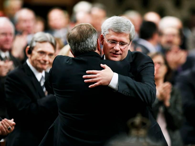 O primeiro-ministro canadense, Stephen Harper, participou da sessão no Parlamento nesta quinta-feira (23), um dia após o ataque ao Parlamento