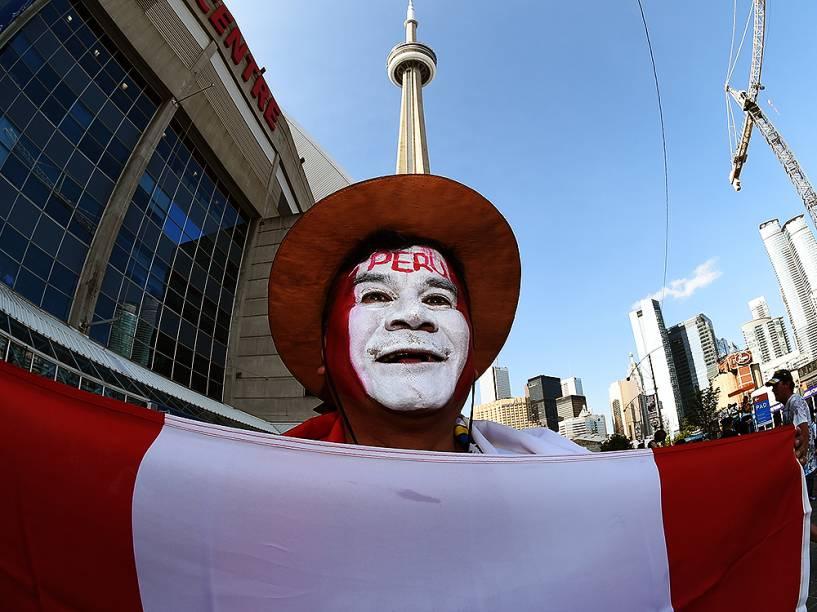 Movimentação do público em Toronto no Canadá antes da cerimônia de abertura dos Jogos Pan-Americanos