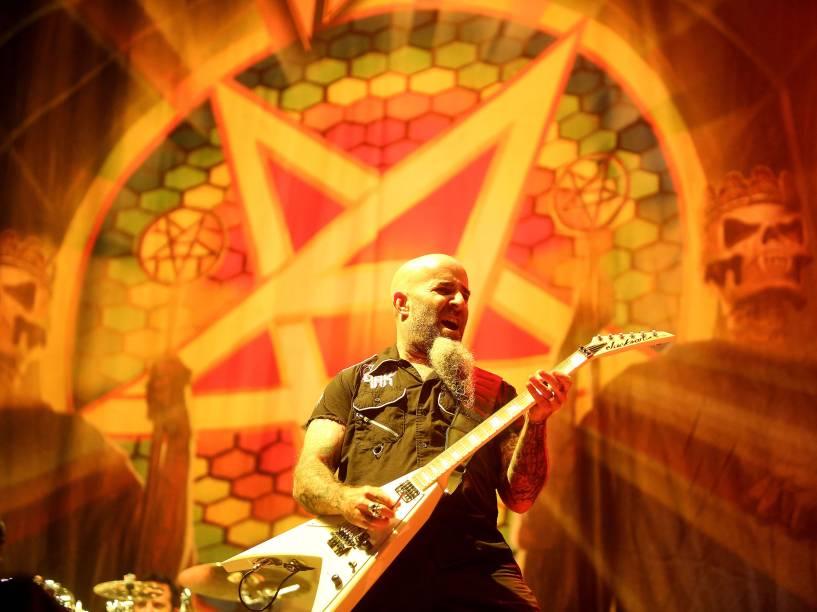 Show da banda americana Anthrax abre a apresentação dos britânicos do Iron Maiden em São Paulo