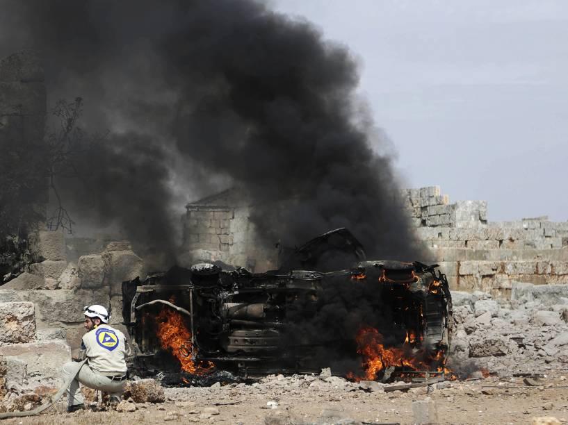 Jatos russos lançaram nesta quinta-feira (1) um segundo dia de ataques aéreos na Síria