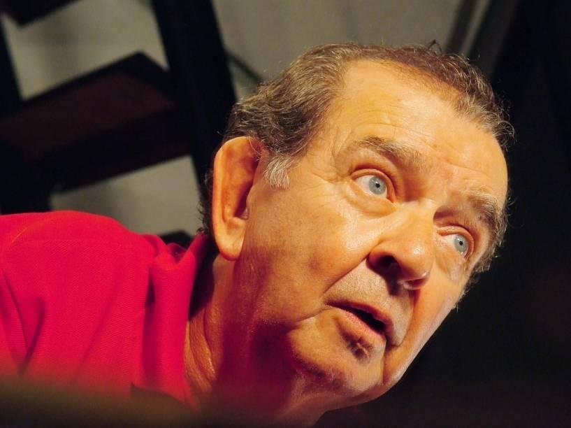 """O ator Umberto Magnani em cena na peça """"Loucos Por Amor"""", de Francisco Medeiros, no teatro Coletivo Fábrica, em São Paulo (SP) - 30/04/2008"""