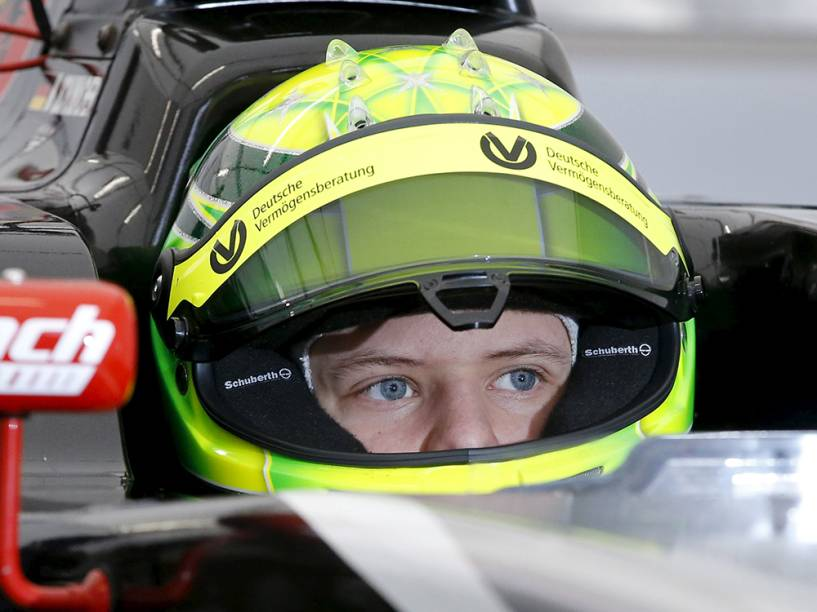 Mick, filho de Michael Schumacher, nos testes de pré-temporada da Fórmula 4 alemã, no circuito de Oschersleben