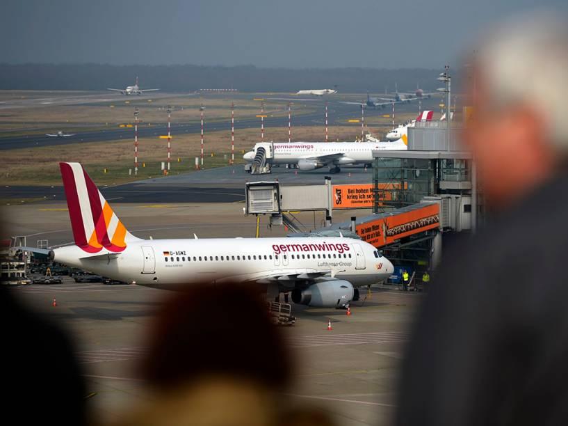 <p>Airbus A320 da companhia Germanwings, similar ao que caiu no sul da França</p>