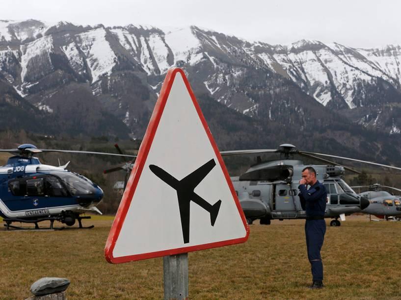 <p>Equipes de resgate do acidente com o Airbus A320 da companhia Germanwings</p>