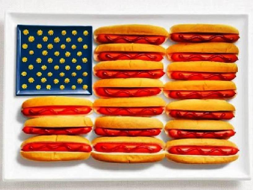 Bandeira dos Estados Unidos: Hot dogs, ketchup e mostarda