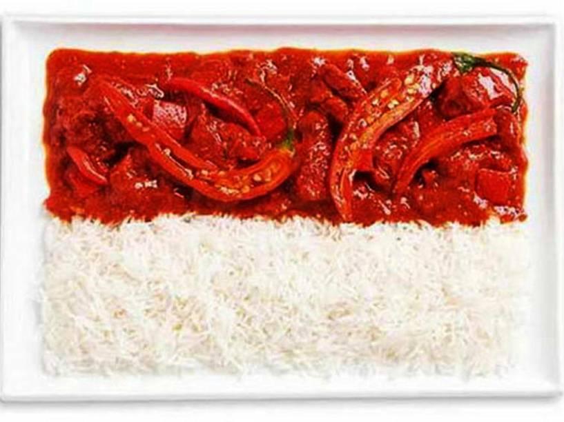 Bandeira da Indonésia: Curries picantes e arroz