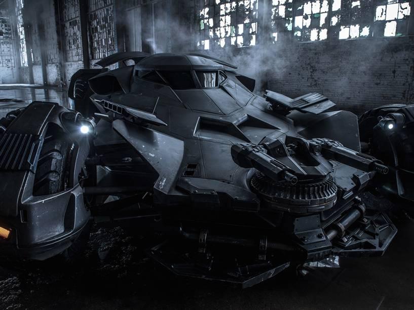 Batmóvel, veículo turbinado do Batman no filme Batman vs. Superman - A Origem da Justiça