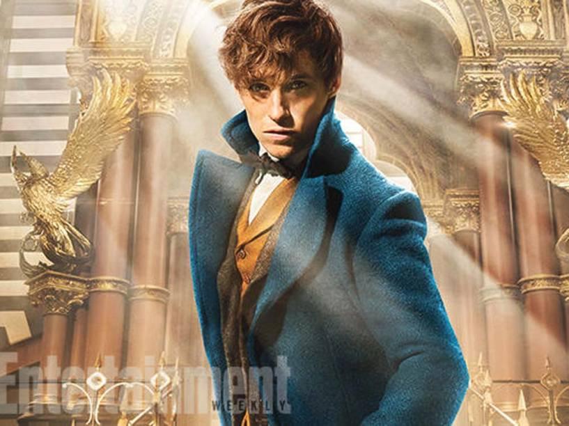 Eddie Redmayne como Newt Scamander em Animais Fantásticos e Onde Habitam, o novo filme de J.K. Rowling