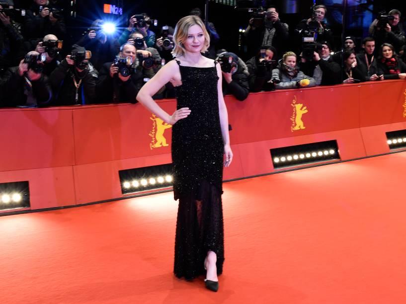"A atriz Kirsten Dunst, protagonista do filme ""Midnight Special"" no Festival Internacional de Berlim"
