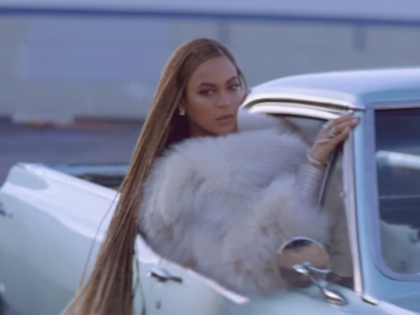 Beyoncé no clipe de Formation