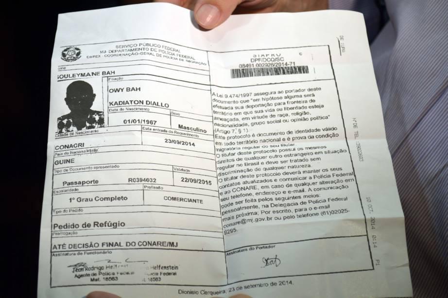 Documento de Souleymane Bah, 47, vindo da Guiné, na África, com suspeita de ebola