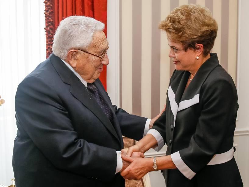 <p>Presidente Dilma Rousseff durante audiência concedida a Henry Kissinger em Nova York - 29/06/2015</p>