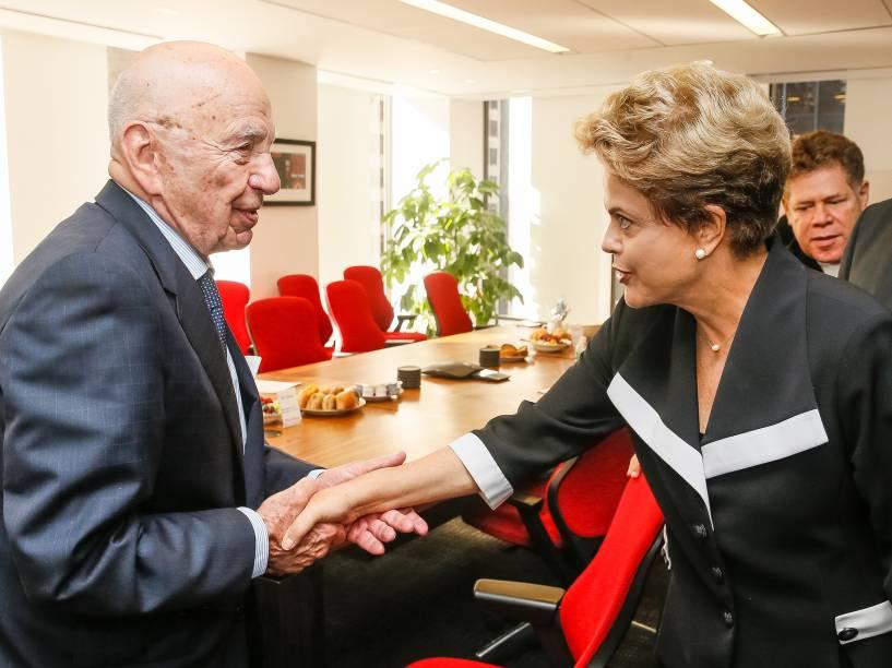 <p>Presidente Dilma Rousseff durante encontro com Rupert Murdoch, dono do Grupo News Corporation, em Nova York - 29/06/2015</p>