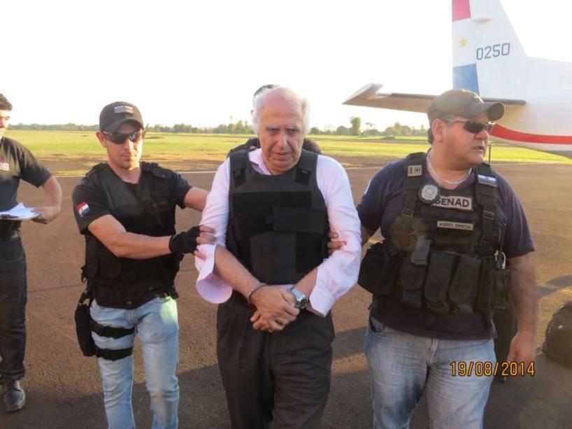 O ex-médico Roger Abdelmassih chega em Foz de Iguaçu após ser deportado do Paraguai