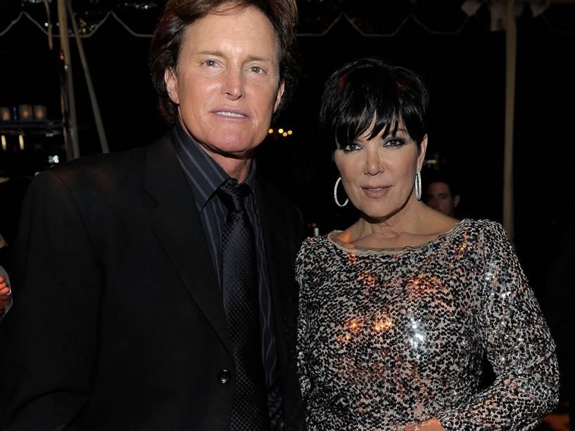 Bruce Jenner com a ex-esposa, Kris Jenner, em 2010