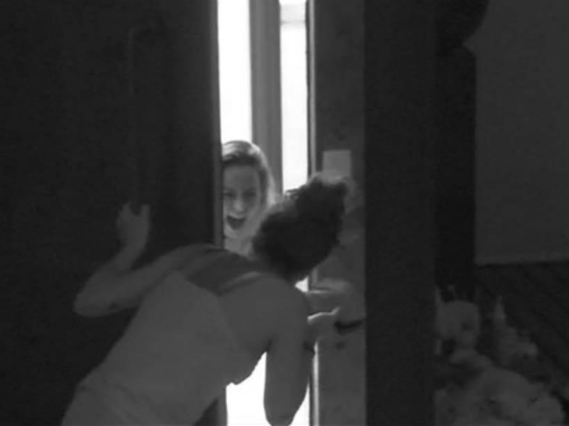 Ana Paula volta ao BBB16 após paredão falso