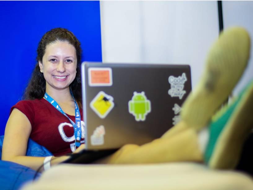 A desenvolvedora de aplicativos Aline Borges, de 22 anos, encarou a maratona de programação da Ford e passou 24 horas sem dormir para criar um aplicativo