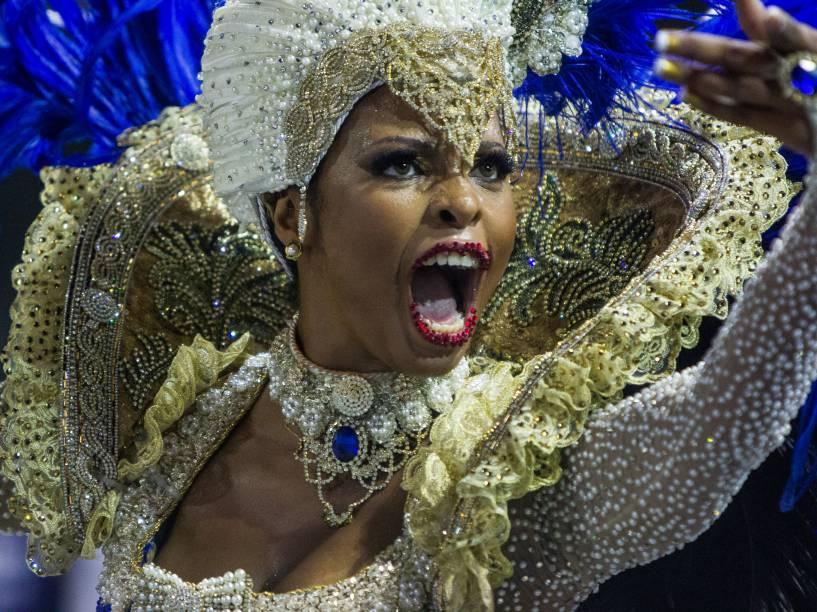 """A tradicional escola do bairro do Bixiga em São Paulo desfila com o samba-enredo """"Je Suis Vai-Vai, bem-vindos à França"""", no Sambódromo do Anhembi"""