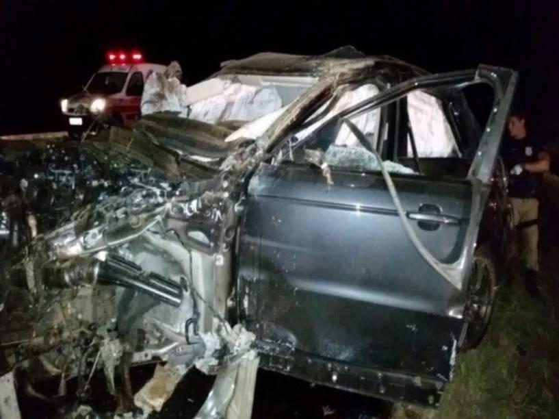 Carro do cantor Cristiano Araújo destruido após o capotamento, que aconteceu na BR-153, em Goiás
